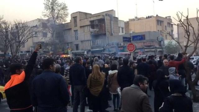 Бунт в городе святош. Кто стоит за восстанием в Иране?