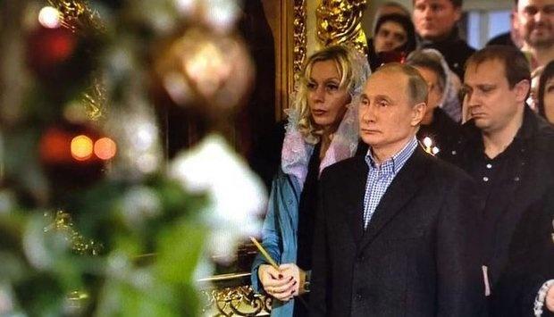 Владимир Путин встретил Рождество в Симеоновской церкви Санкт-Петербурга