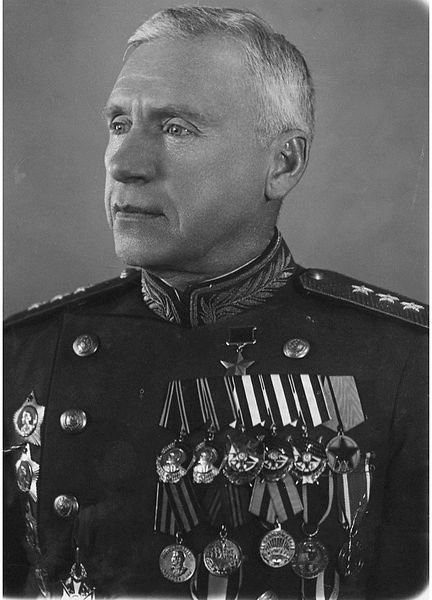Командарм Натиск
