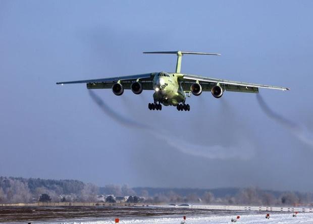 Новый российский самолет-заправщик совершил первый полет