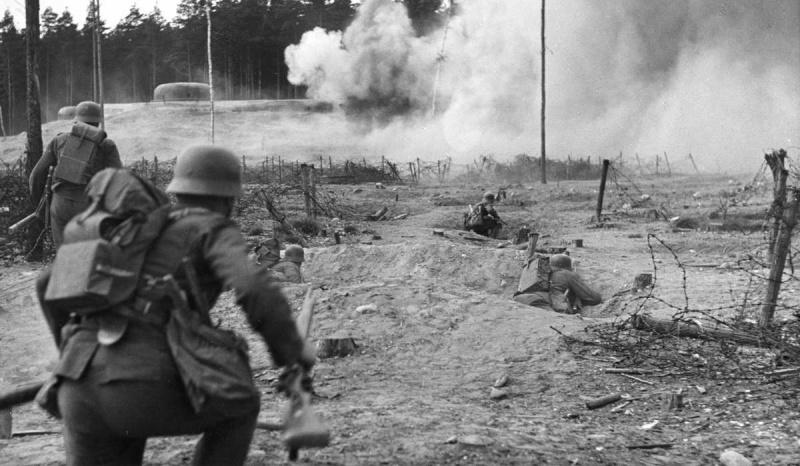 Дым пошёл, пора отступать - завопил немецкий офицер