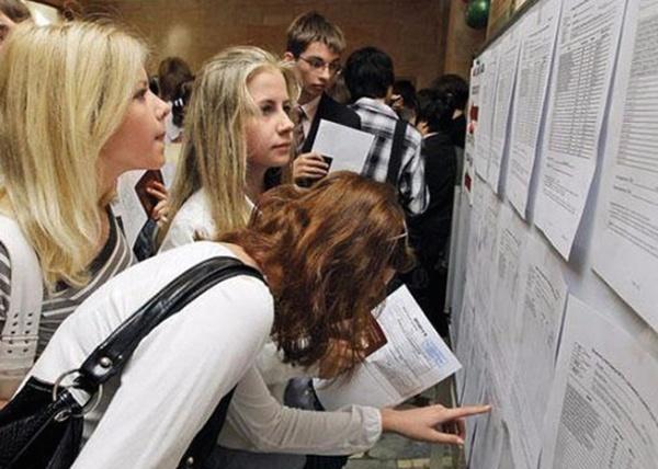 Поступающие в колледжи отличники и разочарованные студенты вузов. Тренды приемной кампании-2018