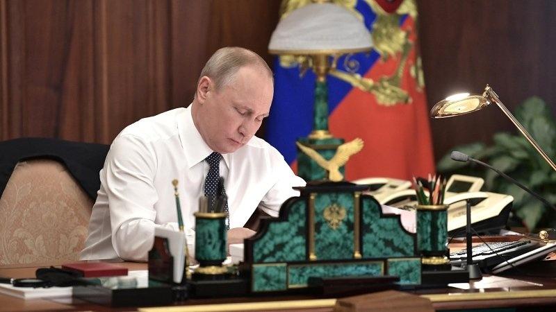 Революция сверху: Дмитрий Лекух о «майском указе» Путина и его правительстве