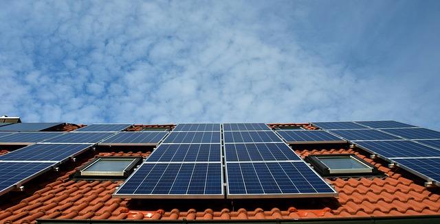 Солнечные батареи теперь обязательны для новых жилых зданий. В Калифорнии.