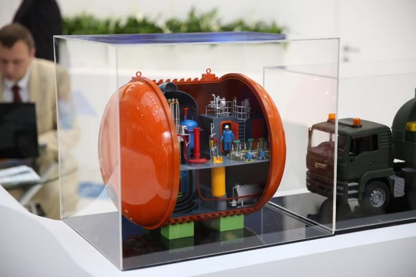 Росатом представил макет транспортабельной АЭС