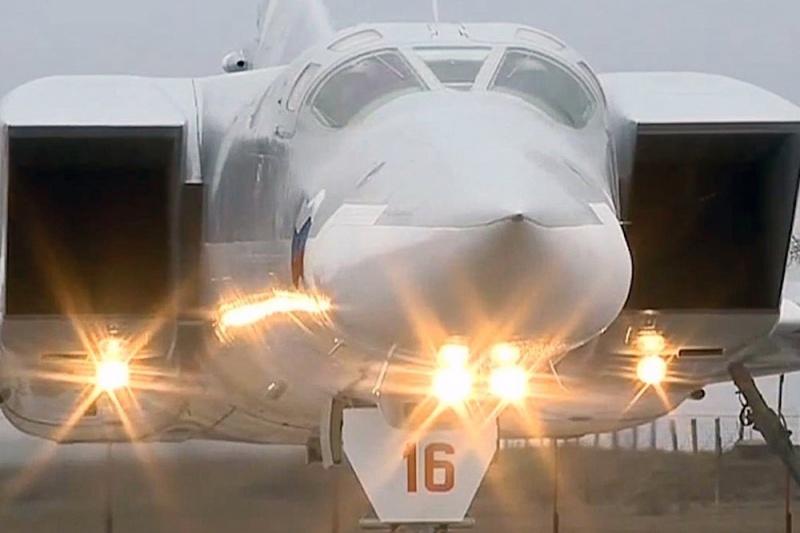 """Россия примет на вооружение нового """"убийцу авианосцев"""""""