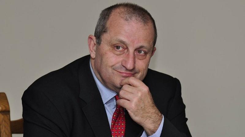 Экс-глава спецслужбы Израиля преподал урок киевскому эксперту: Никто воевать за Украину не будет