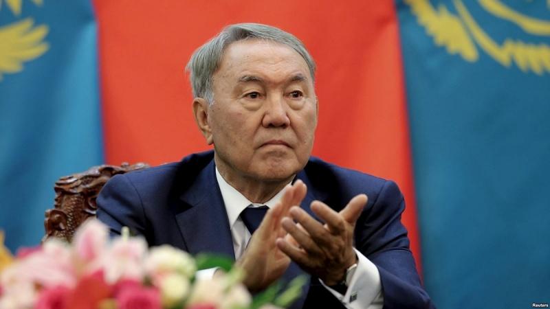 Назарбаев собрался править до Мавзолея