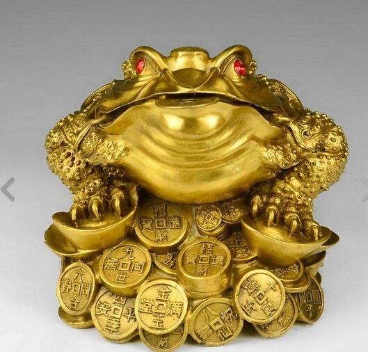 Легатус претор: О Золотой Жабе и земном эфире