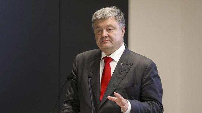 «Прощание» с Россией и «сильнейшая» армия ВСУ: пользователи Сети высмеяли выступление Порошенко