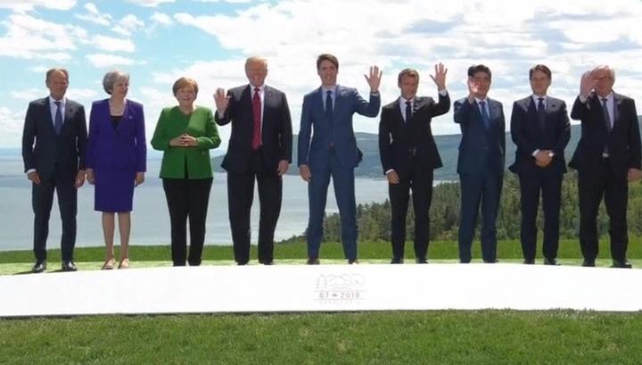 Улыбаемся и машем: Дональд Трамп первым покинул саммит раздора