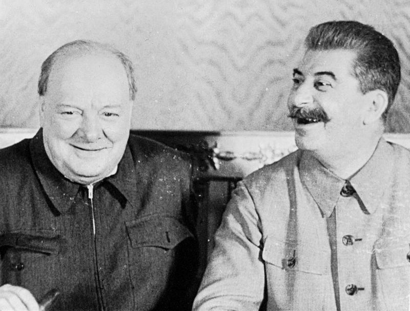 Товарищ Сталин пошутил и Черчилль больше при нем не курил.