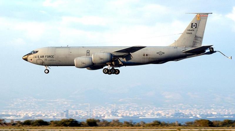 США перебросили во Львов пять самолетов для заправки бомбардировщиков
