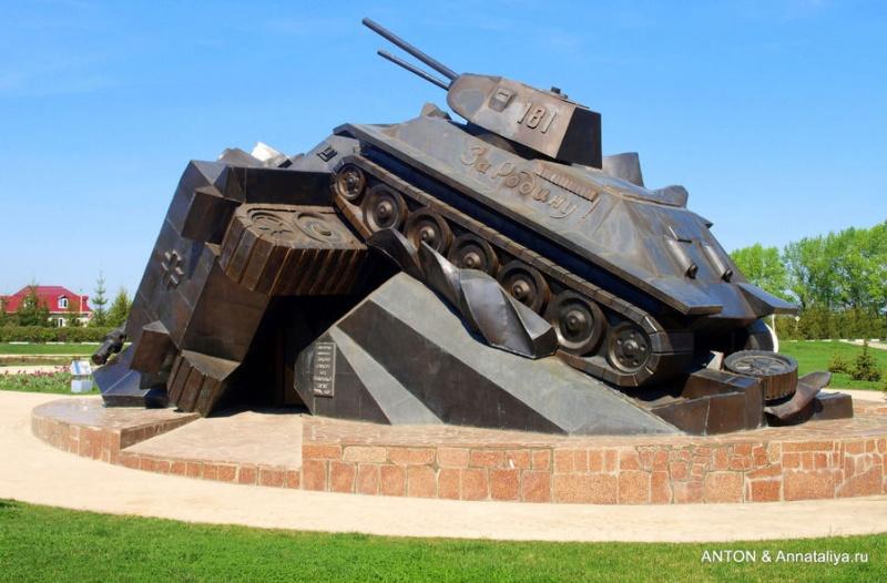 1562930833_prokhorovka-tank-na-tank.jpg