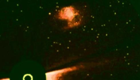 Конспирологическое: Телескоп SOHO сфотографировал нечто, очень похожее на Нибиру.